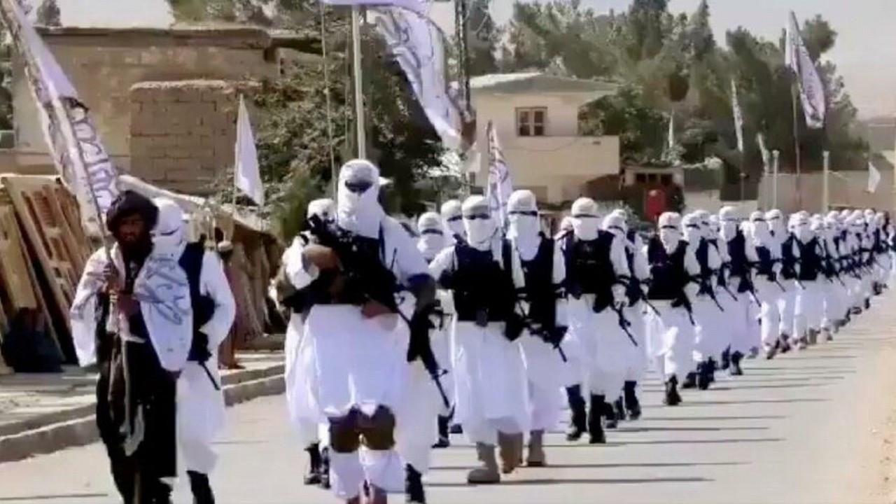 Afganistan'da kaos ve ölüm devam ediyor