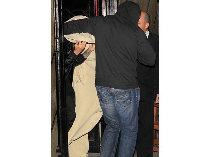 Justin Bieber genelevde basıldı!... - Sayfa 1