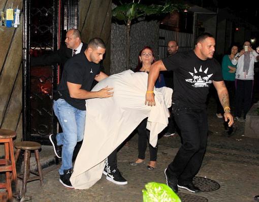 Justin Bieber genelevde basıldı!... - Sayfa 3